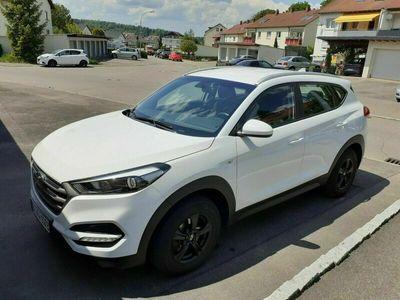 gebraucht Hyundai Tucson blue 1.6 GDi 2WD Classic