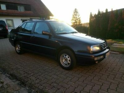 gebraucht VW Vento 1.8 GLX