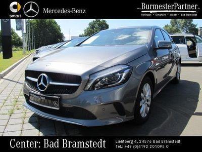 gebraucht Mercedes A180 d Style*Navi*Parkass.*Autom.*1.Hand*SHZ