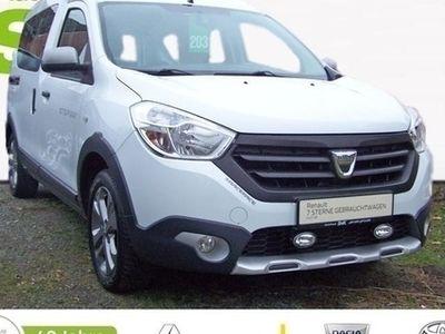 gebraucht Dacia Dokker Stepway TCe 115 ++AHK+NAVI+SHZ+TEMPOMAT++