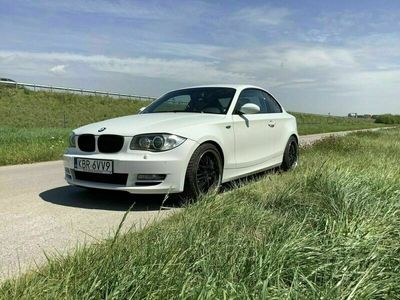 gebraucht BMW 123 Coupé d 204ps als Sportwagen/ in Friedrichsdorf