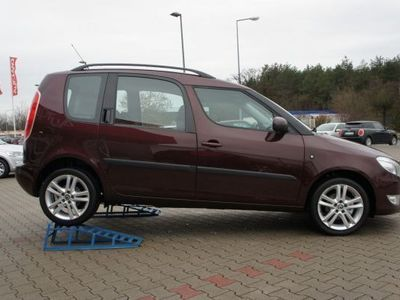 gebraucht Skoda Roomster 1.2 TSI Active AAC SHZ PDC TEMPOMAT ALU B