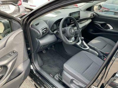 gebraucht Toyota Yaris 1.5 VVT-i NG20, Kamera, Winterpaket, ACC