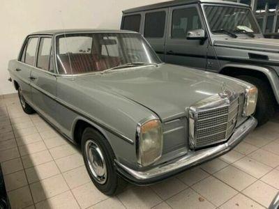 gebraucht Mercedes W115 200mit Lenkradschaltung!