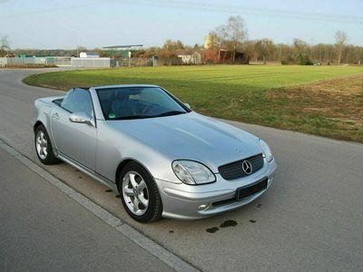 gebraucht Mercedes SLK200 als Cabrio/Roadster in Illerrrieden