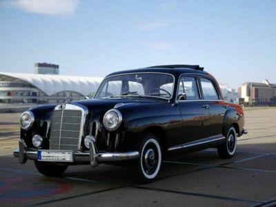 gebraucht Mercedes 219 Pontonin perfektem Zustand