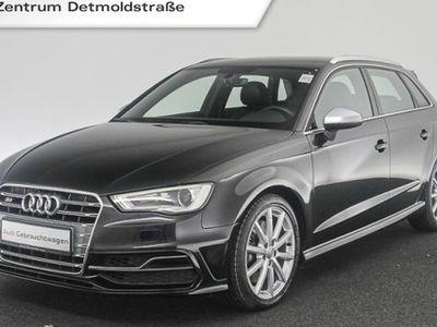 gebraucht Audi S3 Sportback 2.0 TFSI qu. B&O Navi Xenon PDCplus DAB MagneticRide Teilleder 6-Gang