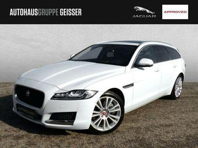 gebraucht Jaguar XF Sportbrake 30d 300PS Portfolio Automatik LED