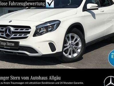 gebraucht Mercedes GLA200 d STYLE+NAVI+SITZHZG+BUSINESS-P.+PARK-PI