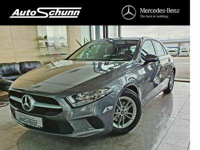 gebraucht Mercedes A180 d SPURHALTE-RÜCKFAHRKAMERA-KLIMA-MBUX-7G