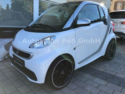used Smart ForTwo Electric Drive forTwo 1.Hand, Navi 17 Zoll