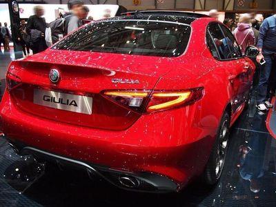 gebraucht Alfa Romeo Giulia 2.0 Turbo 16V 206kW AT8-Q4 Veloce