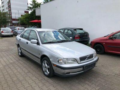 gebraucht Volvo S40 Lim. 2.0 16V TÜV !!! 1.Hand Autm. Rentnfz.