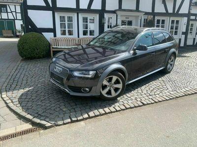 gebraucht Audi A4 Allroad quattro 3.0 TDI DPF S tronic als Kombi in Lennestadt