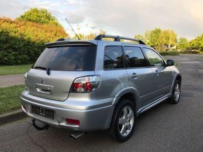 gebraucht Mitsubishi Outlander 2.4 4WD 4x4 Kombi Klima/Alu/AHK