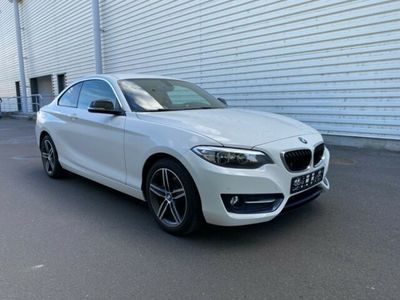 gebraucht BMW 230 i Coupe Sport-Aut. Sport Line Leder