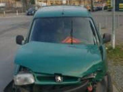 gebraucht Peugeot Partner Unfall