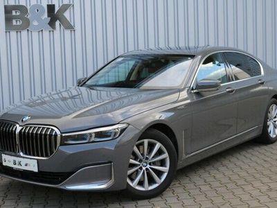 gebraucht BMW 740 i DA+,PA+,4xKomfortsitze,GSD,ExklusivPaket