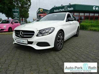 gebraucht Mercedes C200 1.6l*Avantgarde*AHK*night- Paket*SHZ*Navi*akt.-Parkassistent*