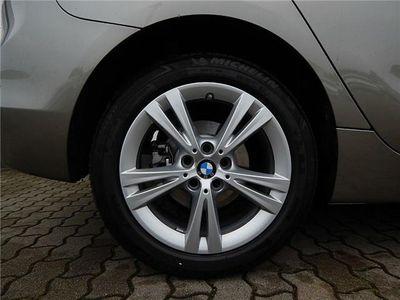 gebraucht BMW 218 Active Tourer d Sport Line Aut. 17''LM LED-SW