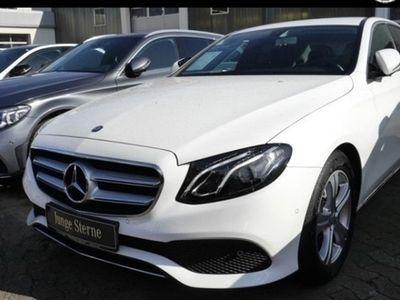 gebraucht Mercedes E200 Avantgarde Navi LED Parktronic Kamera SHZ