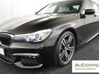 gebraucht BMW 740 d xDrive M-Sport LED/NAVI/S.CLOSE/ALARM/20-ZO