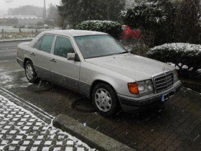 gebraucht Mercedes E300 Sportline, Aut., abnehmb.AHK