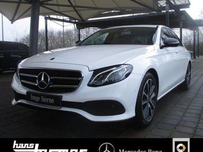 gebraucht Mercedes E200 Avantgarde+Night+Navi+Kamera+LED+Totenw.+
