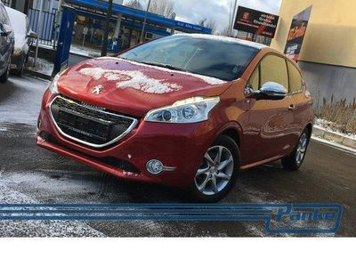 gebraucht Peugeot 208 Blue-HDi 100 Stop&Start Style *Panorama*