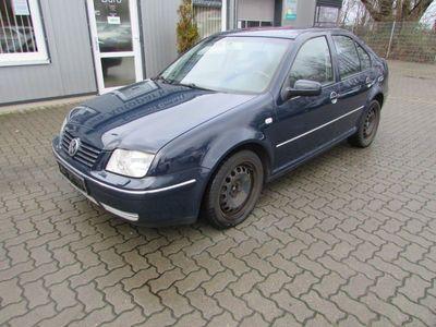 gebraucht VW Bora 1.9 LIMO KLIMATR°AUT°SHZ°NAVI°TEMPOMAT°PDC°