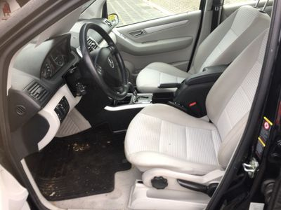 gebraucht Mercedes A200 Avantgarde,Euro 4,Leder,Panorama Dach