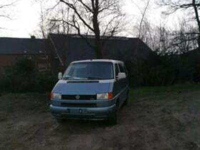 gebraucht VW T4 2.5l TDI GrünePlakette 9 Sitzer