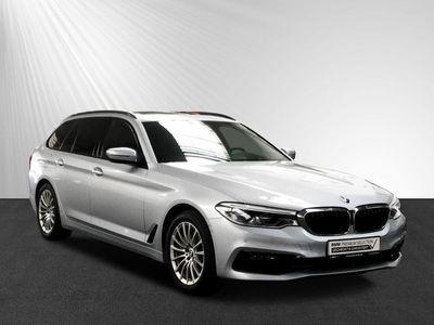 gebraucht BMW 540 i xDrive Touring SportLine Komforts. AHK Pano HUD