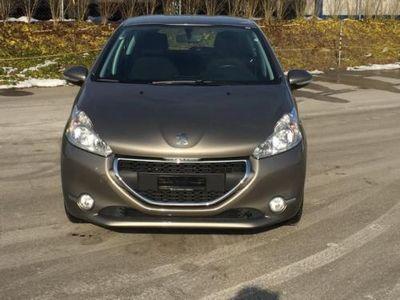 gebraucht Peugeot 208 1.4 VTI Active