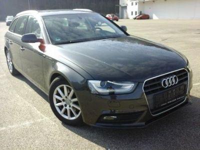 gebraucht Audi A4 2.0 TDI DPF Avant Attraction AAC NAVI XENON SHZ