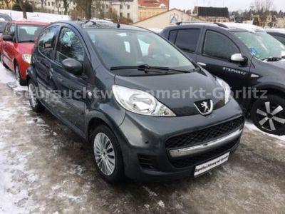 gebraucht Peugeot 107 Filou 1 Hand Scheckheftgepflegt PDC Klima