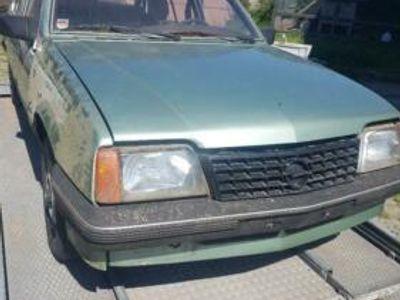 used Opel Ascona c 1.3s luxus Teileträger