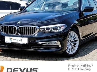 gebraucht BMW 530 d xDrive Luxury Line Leder LED Navi Keyless Kurvenlicht e-Sitze HUD ACC Allrad Holzausst.