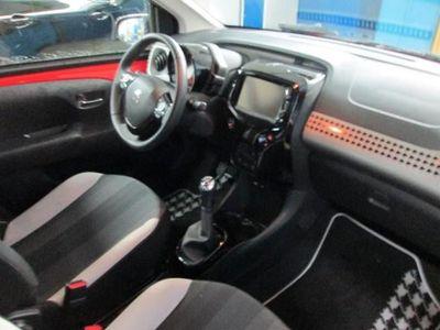 gebraucht Peugeot 108 TOP! Allure PureTech 82 RÜCKFAHRKAMERA