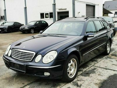 gebraucht Mercedes E240 Elegance Automatik*Navi-GRA-SHZ*