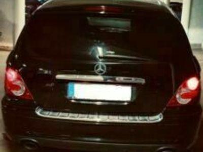 gebraucht Mercedes R280 CDI 7G-TRONIC Travel Edition als SUV/Geländewagen/Pickup in Frankfurt am Main