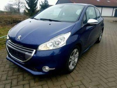"gebraucht Peugeot 208 VTI ""Allure"" Navi. Klimaautom. LED Lederausstattung"