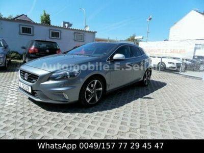 used Volvo V40 1,6d R-DESIGN /TEILLEDER/NAVI/XENON/EURO5
