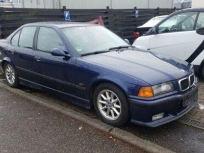 gebraucht BMW 323 i Limousine Mit Originalen M Teilen