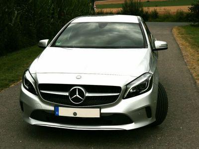 gebraucht Mercedes A200 Urban mit sehr umfangreicher Ausstattung