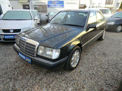 używany Mercedes 230 E*Automatik*Klima*1.Hand*TÜV 05/19*
