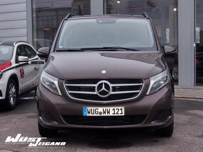 gebraucht Mercedes 250 V-Klasse EDITIONBlueTEC4MATIC Lang Navi/LED
