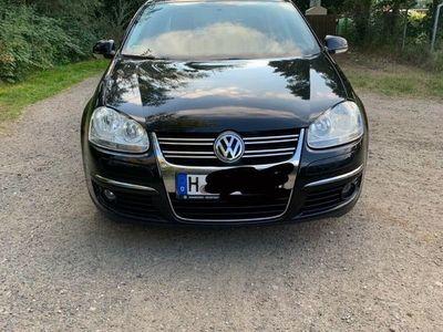 gebraucht VW Jetta 1.6 Trendline