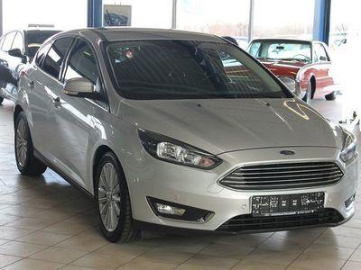 gebraucht Ford Focus 1.0 EcoBoost Titanium*NAVI*RFK*WinterPaket