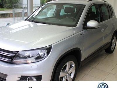 gebraucht VW Tiguan 1.4 TSI BMT Lounge Sport&Style 6-Gang